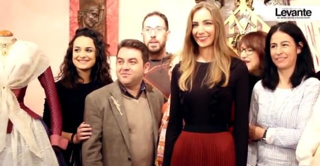 El Gremio de Sastres y Modistas regala un traje a la Fallera Mayor de Valencia